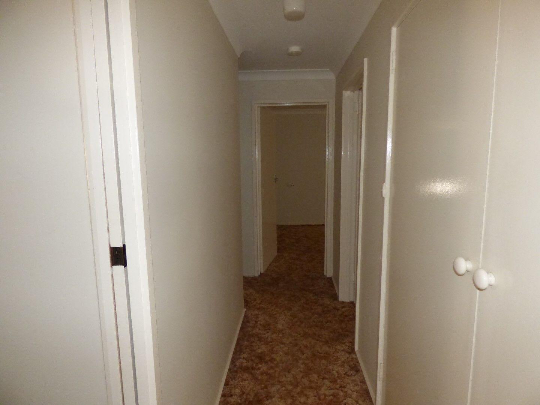 46 Thomas Street, Parkes NSW 2870, Image 2