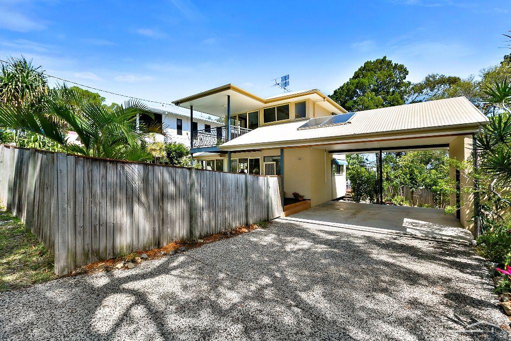 12 Viewland Drive, Noosa Heads QLD 4567, Image 1