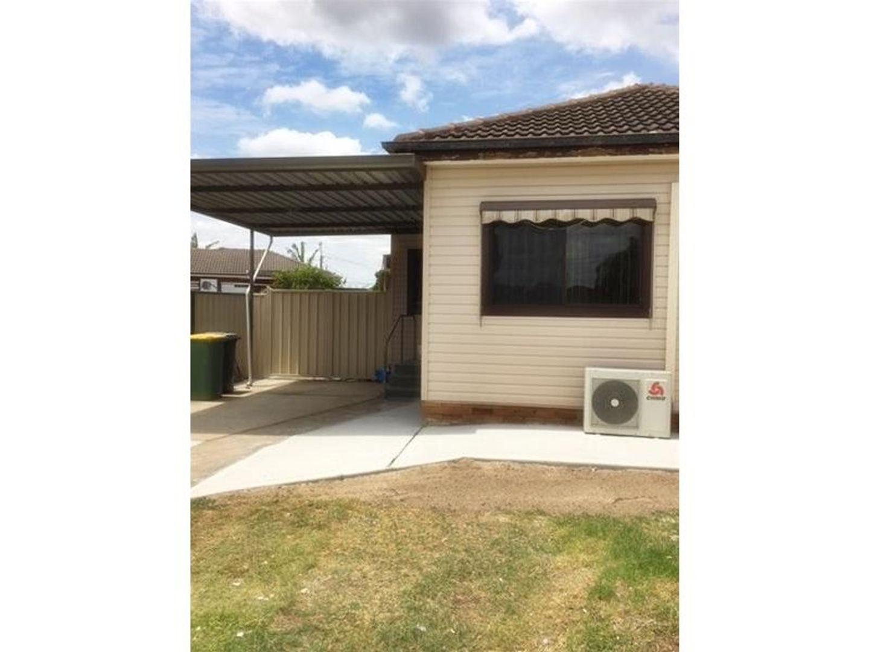 8 Braemar Street, Smithfield NSW 2164, Image 0