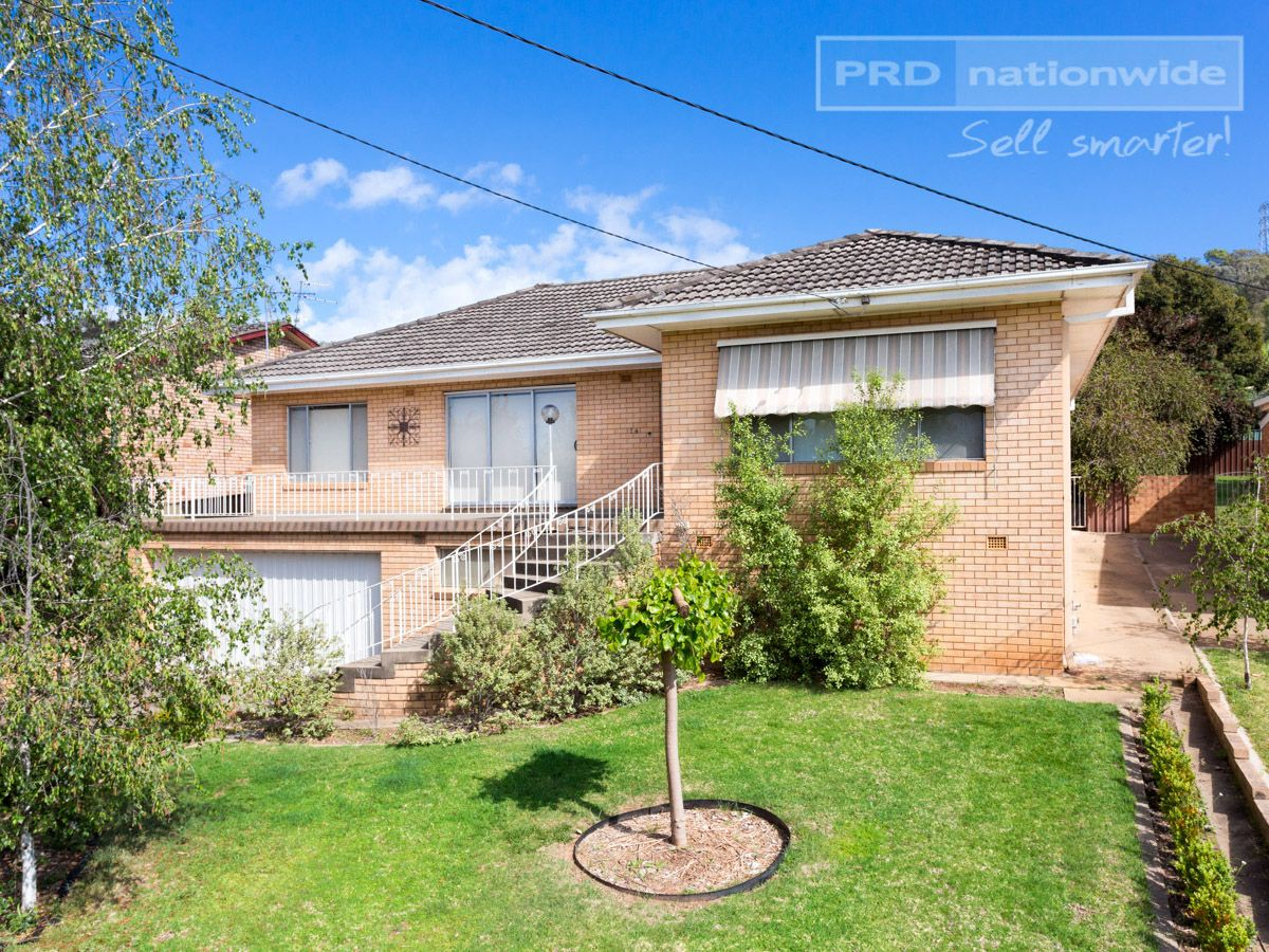 74 Meadow Street, Kooringal NSW 2650, Image 0