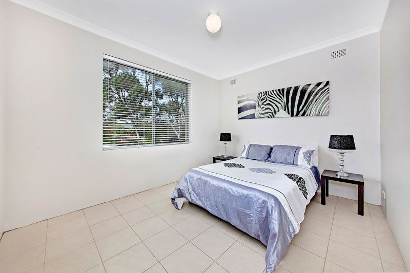2/18 First Ave, Eastwood NSW 2122, Image 2
