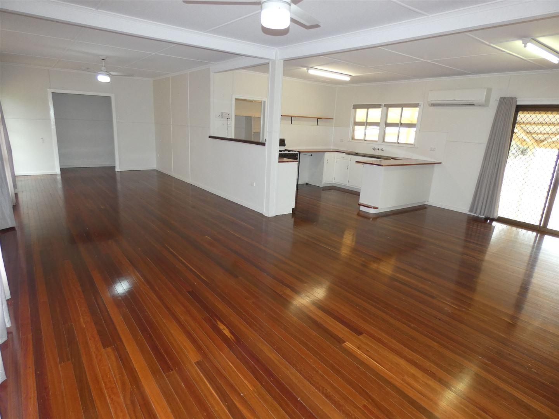 27 Warra Street, Jandowae QLD 4410, Image 1