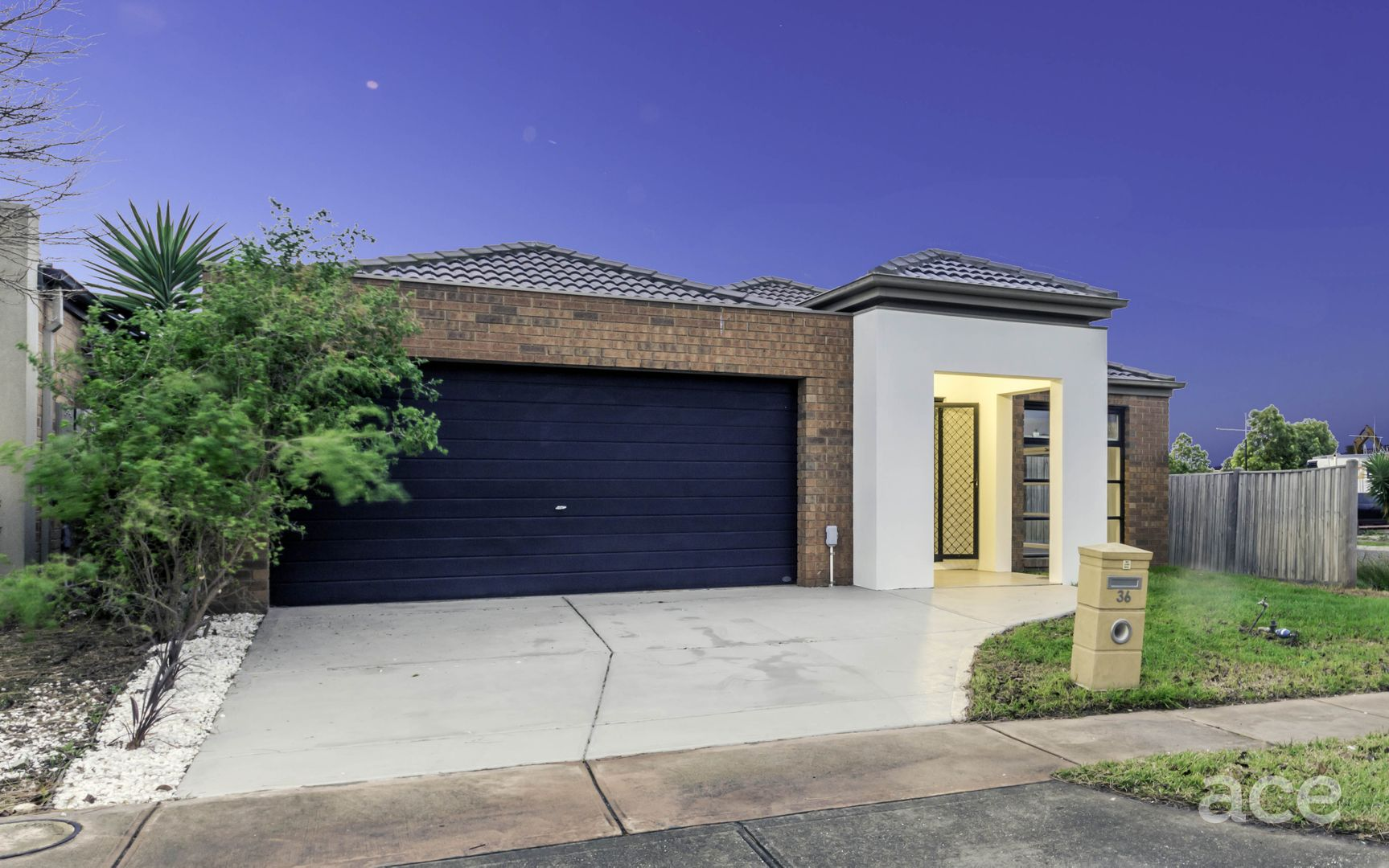 36 Fantail Crescent, Williams Landing VIC 3027, Image 0