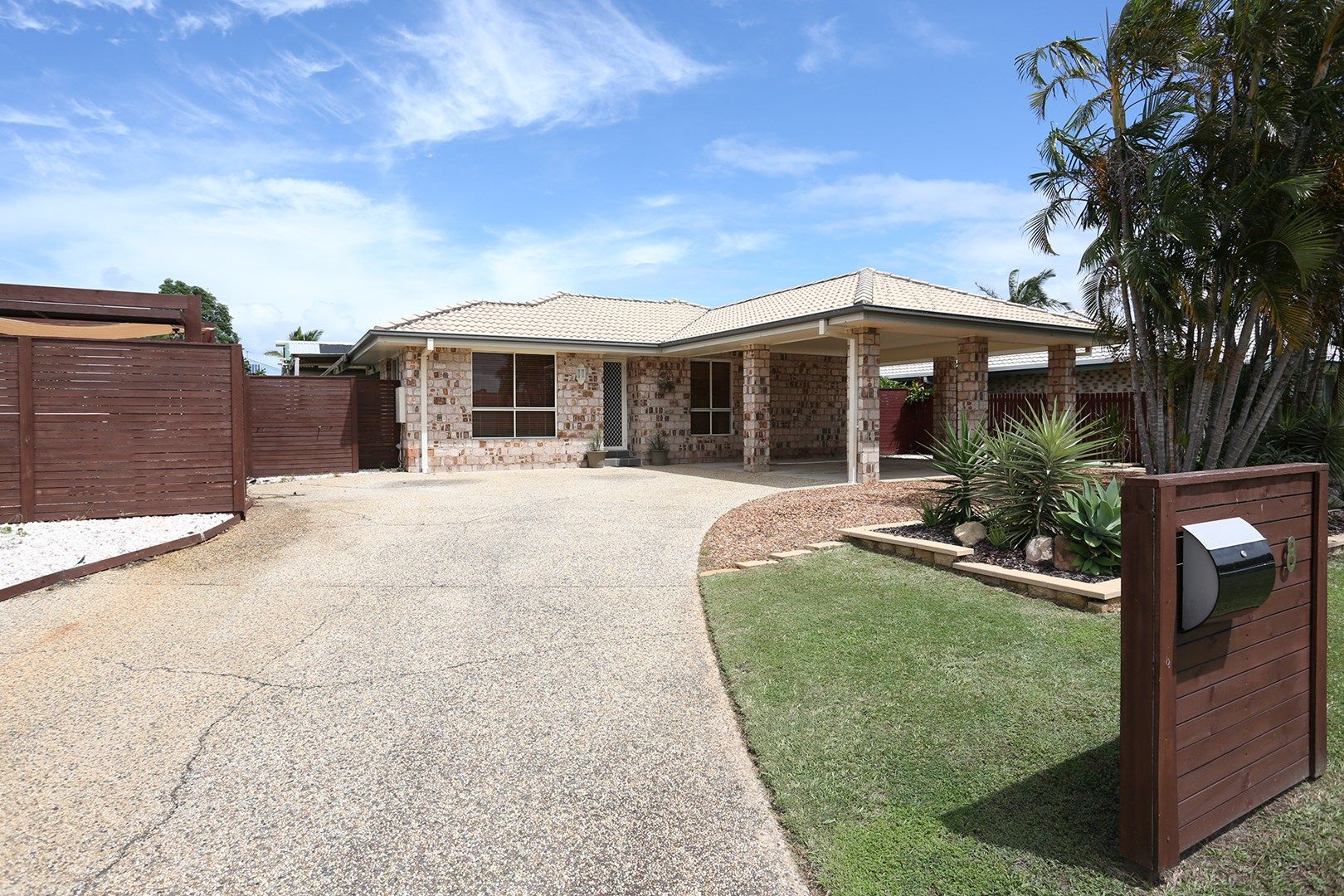 8 Squire Place, Sandstone Point QLD 4511, Image 0