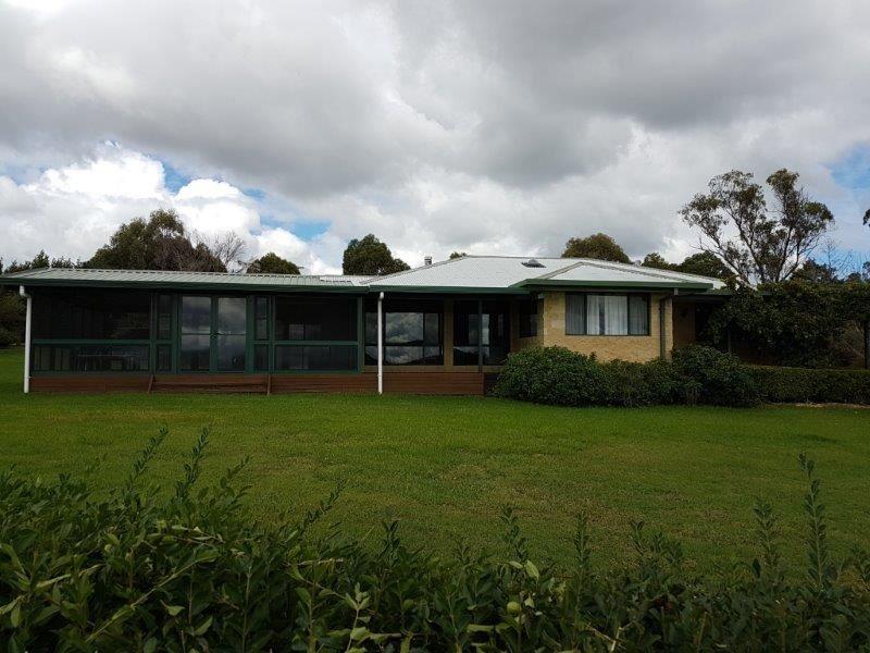 Culgoa/406 Bezzants Road, Deepwater NSW 2371, Image 1