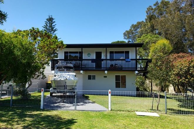 Picture of 26 Lyons Road, SUSSEX INLET NSW 2540
