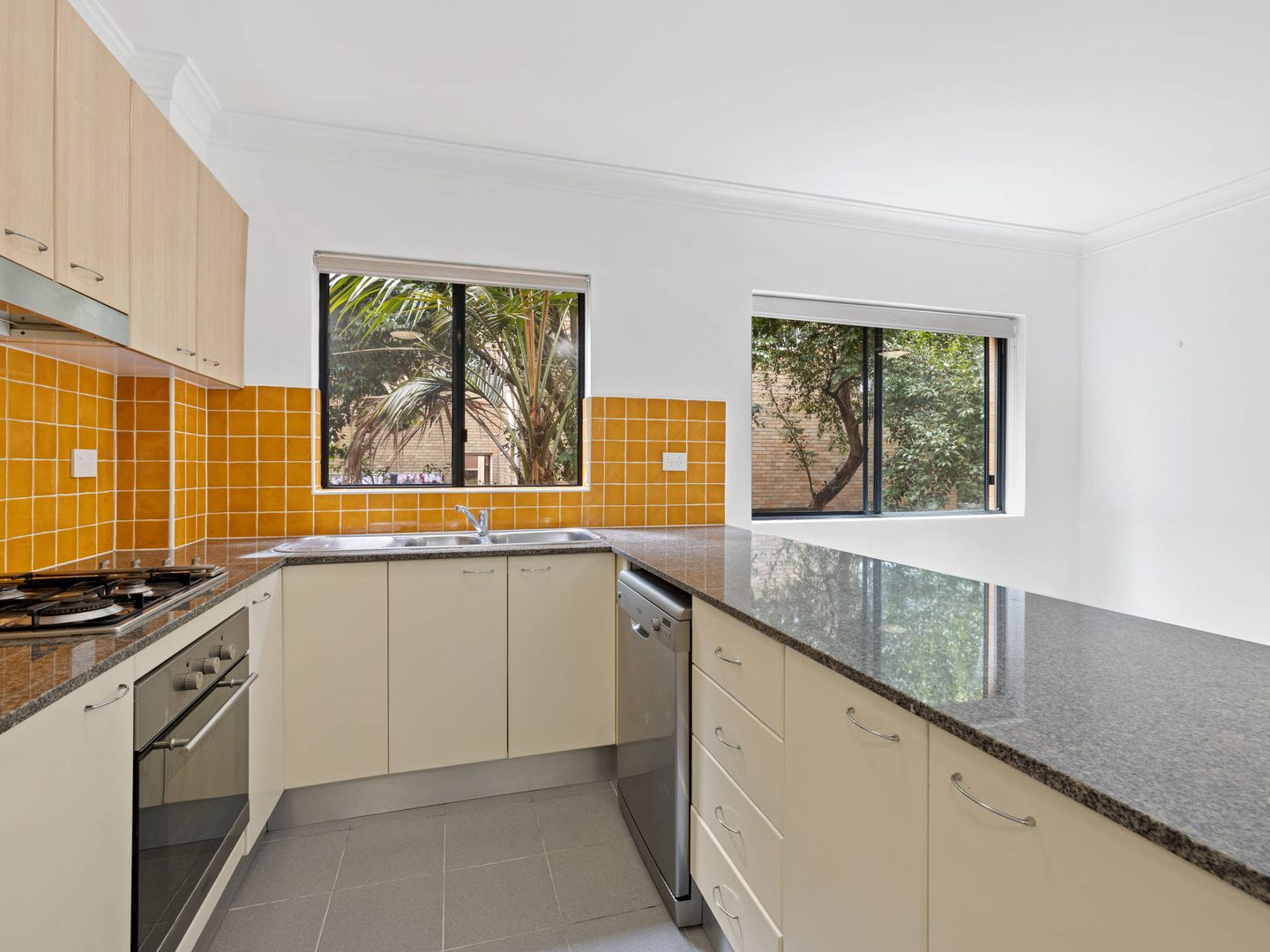 15/2-4 Francis Street, Dee Why NSW 2099, Image 1
