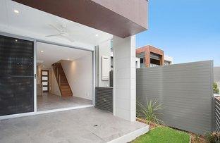 Picture of 47 Fairlight Avenue, Robina QLD 4226