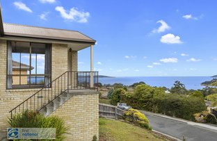 Picture of 15 Stirling Avenue, Blackmans Bay TAS 7052