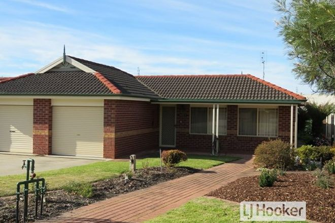 Picture of 11/1-5 Canal Road, PAYNESVILLE VIC 3880
