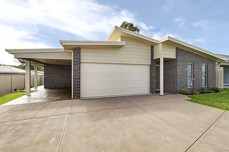 2/11 Clipstone Close, Port Macquarie NSW 2444, Image 1