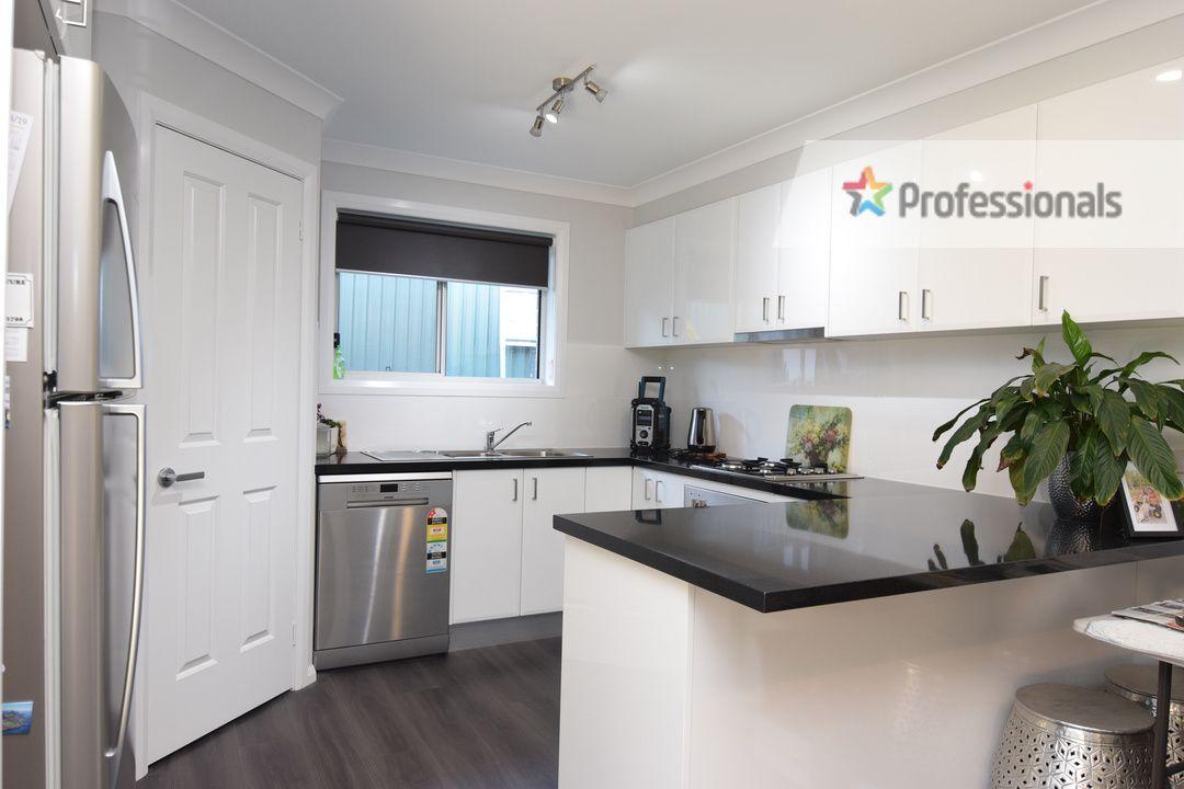 2 Morgan Place, Llanarth NSW 2795, Image 2