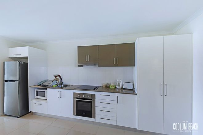 Picture of 2/10 Mirabella Court, PEREGIAN SPRINGS QLD 4573