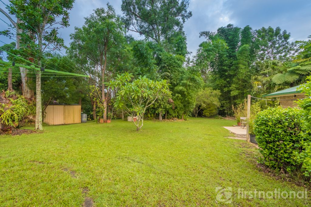 11 knowles place glass house mountains qld 4518 image 0