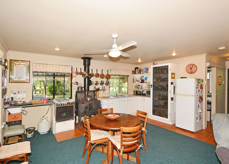 118-124 Barranjoey Drive, Sunshine Acres QLD 4655, Image 2