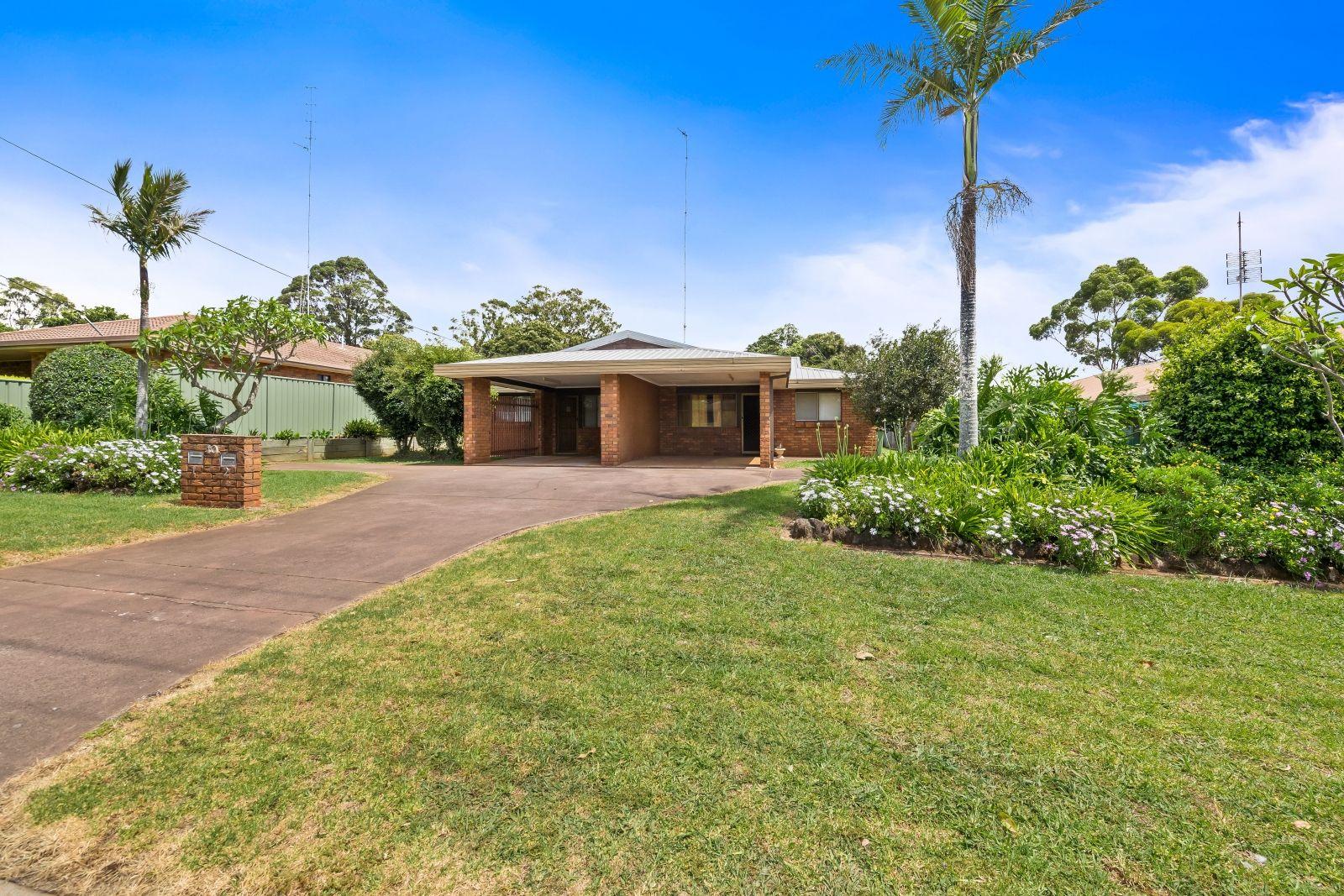 1 & 2/10 Eunice Court, Kearneys Spring QLD 4350, Image 0