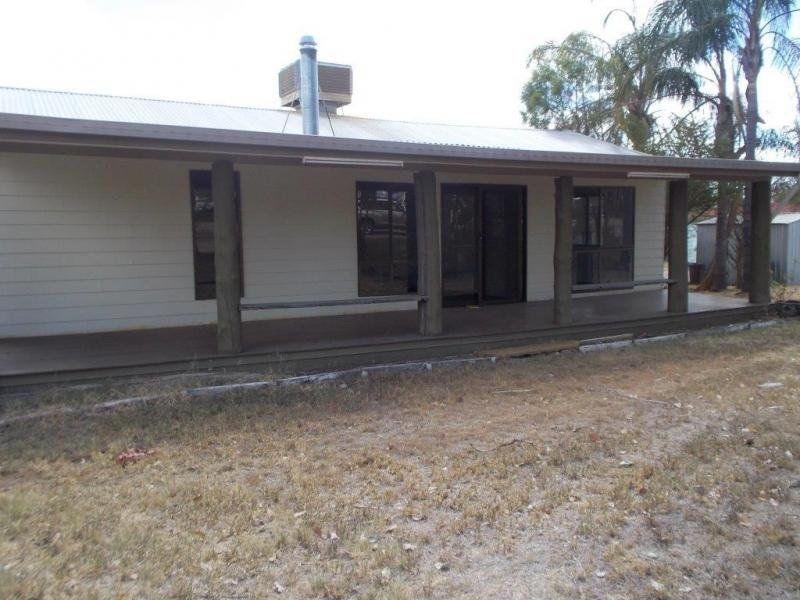 13 Kelman Street, Taroom QLD 4420, Image 1
