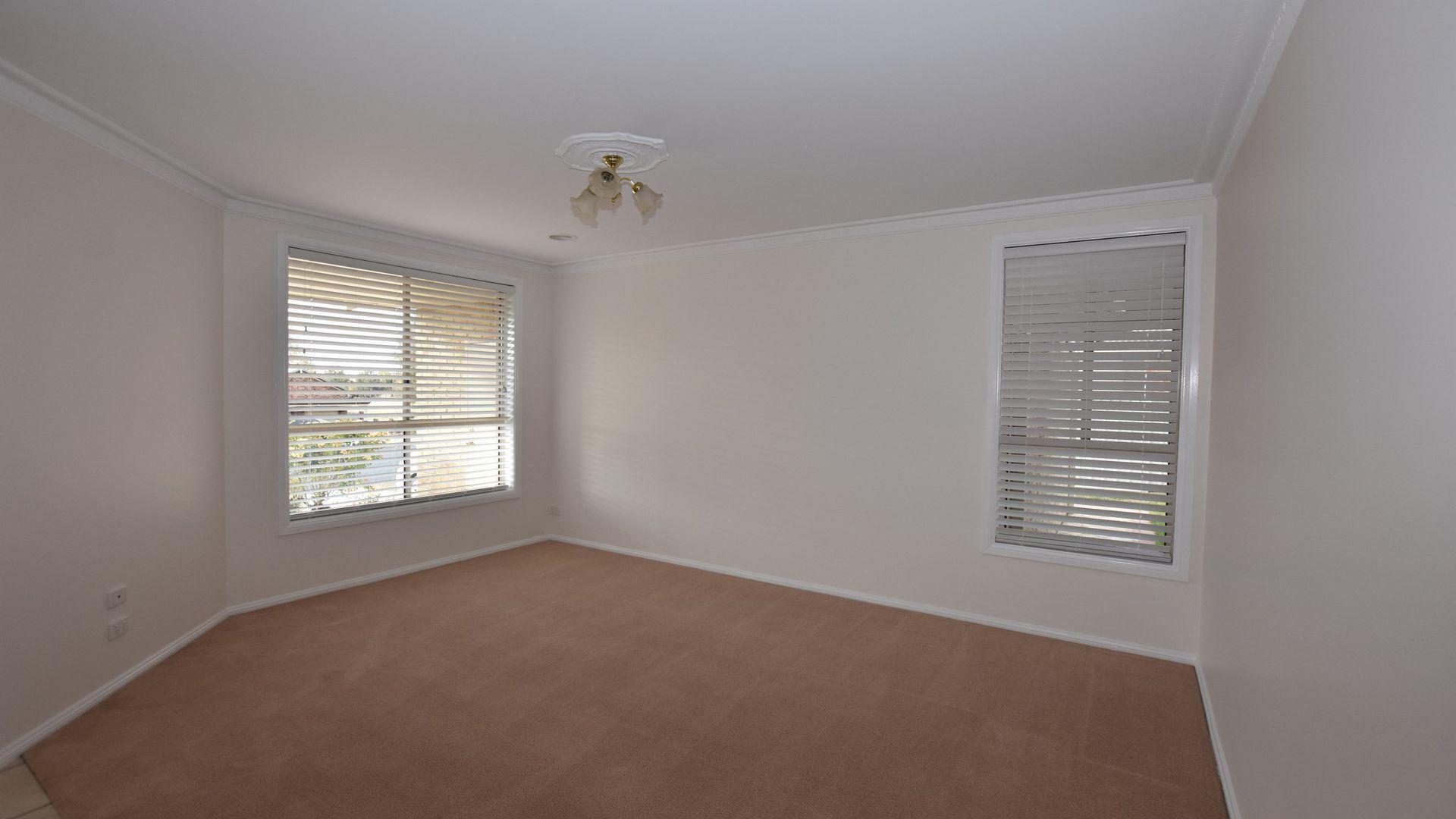 160 Sieben Drive, Orange NSW 2800, Image 2