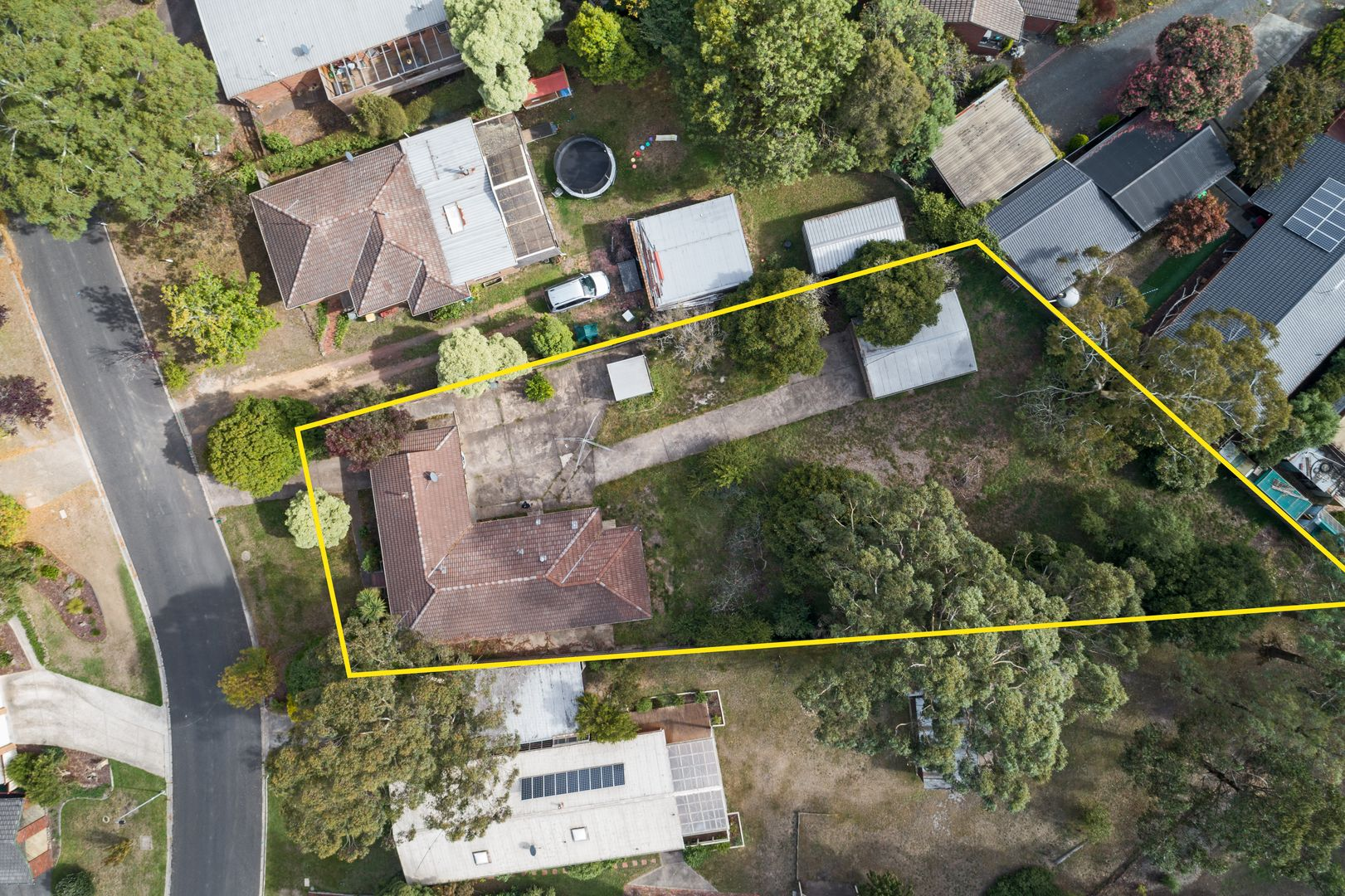 17 Mansfield Avenue, Mount Clear VIC 3350, Image 0