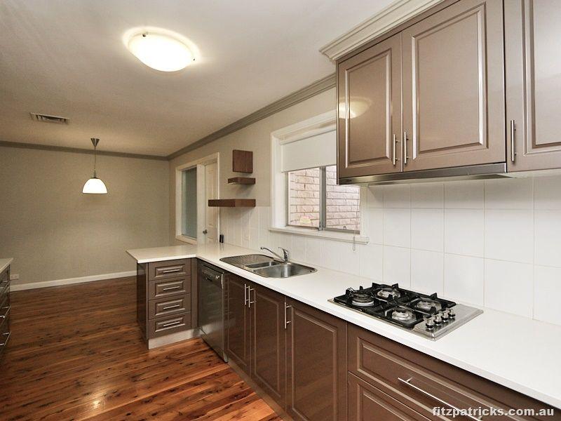 18 Huthwaite Street, Mount Austin NSW 2650, Image 2