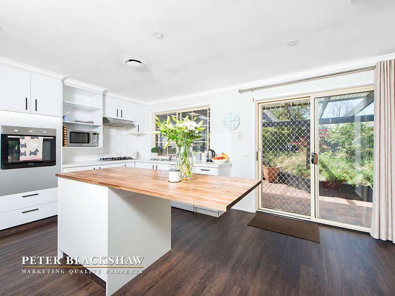 4 Breen Place, Jerrabomberra NSW 2619, Image 2
