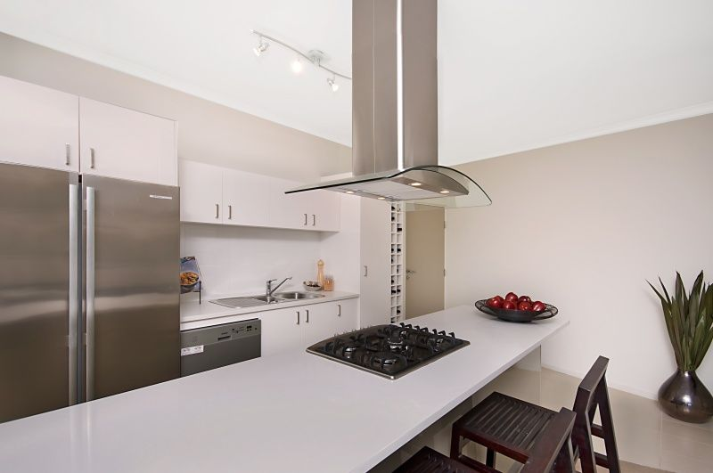 903/30 Riverview  Terrace, Indooroopilly QLD 4068, Image 2