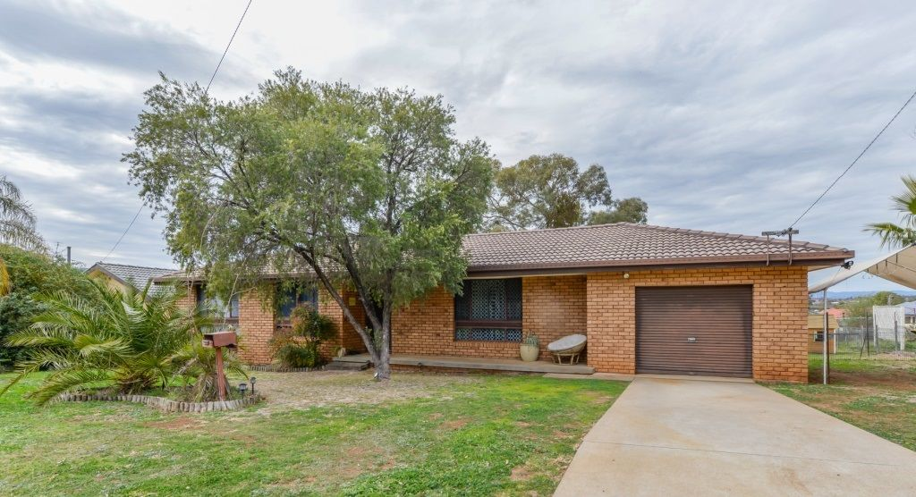 11 Graham Street, Tamworth NSW 2340, Image 0