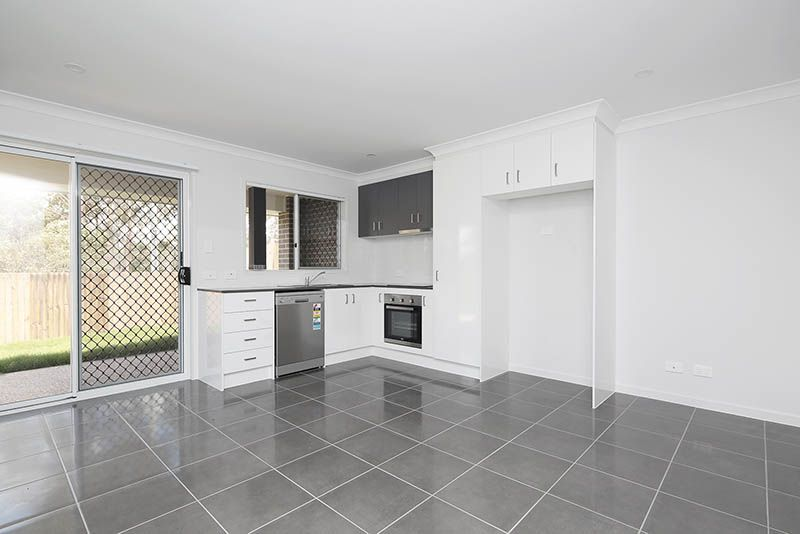 2/37 Joyce Street, Karalee QLD 4306, Image 1