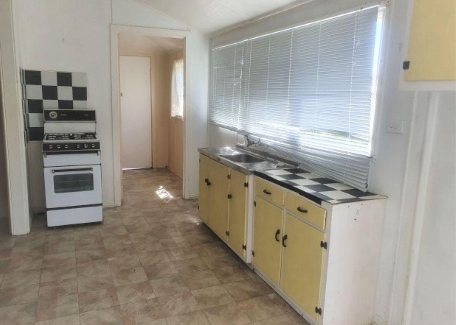4/31 Cedar Street, Wynnum QLD 4178, Image 1