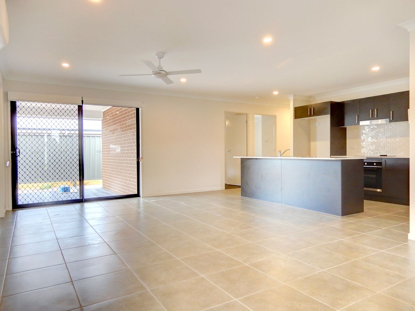 35 Apple St, Fern Bay NSW 2295, Image 0