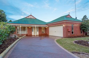 Picture of 5 Newhaven Road, Craigieburn VIC 3064