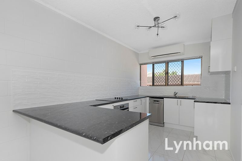 6/25 Roberts Street, Hermit Park QLD 4812, Image 2