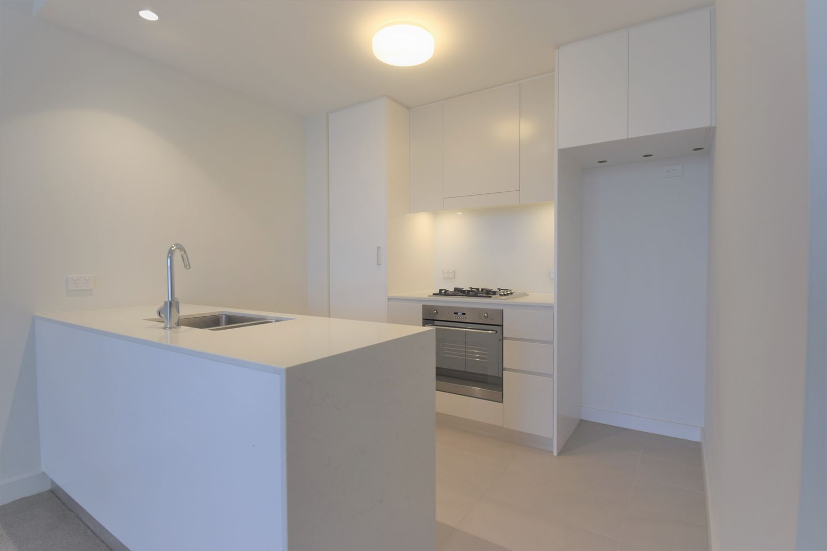 902/7 Magdalene Terrace, Wolli Creek NSW 2205, Image 2