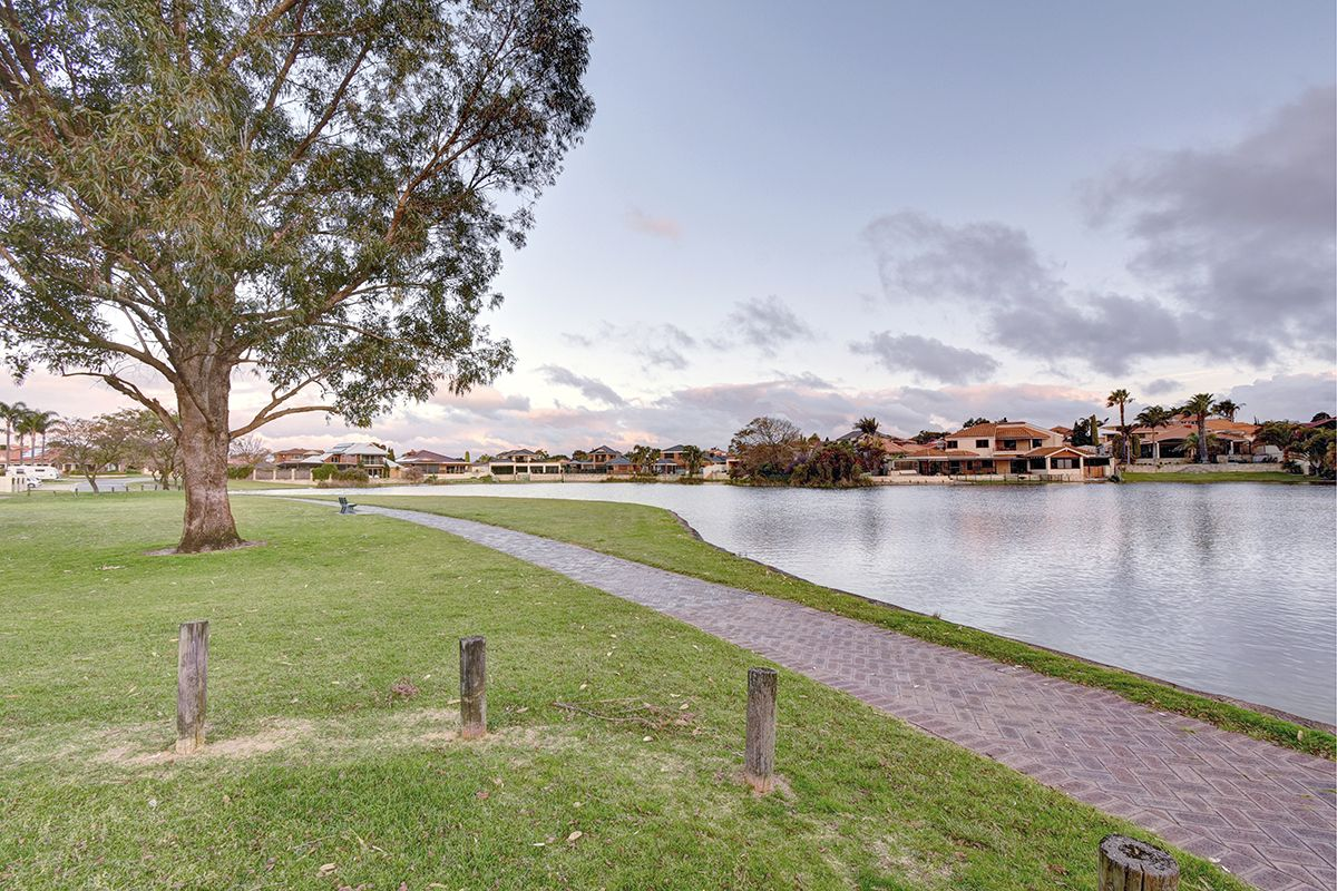 22 The Broadwater, Ballajura WA 6066, Image 1