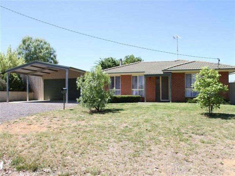 6 Petit Street, Yass NSW 2582, Image 0