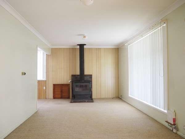 6 Prince Avenue, Uralla NSW 2358, Image 2