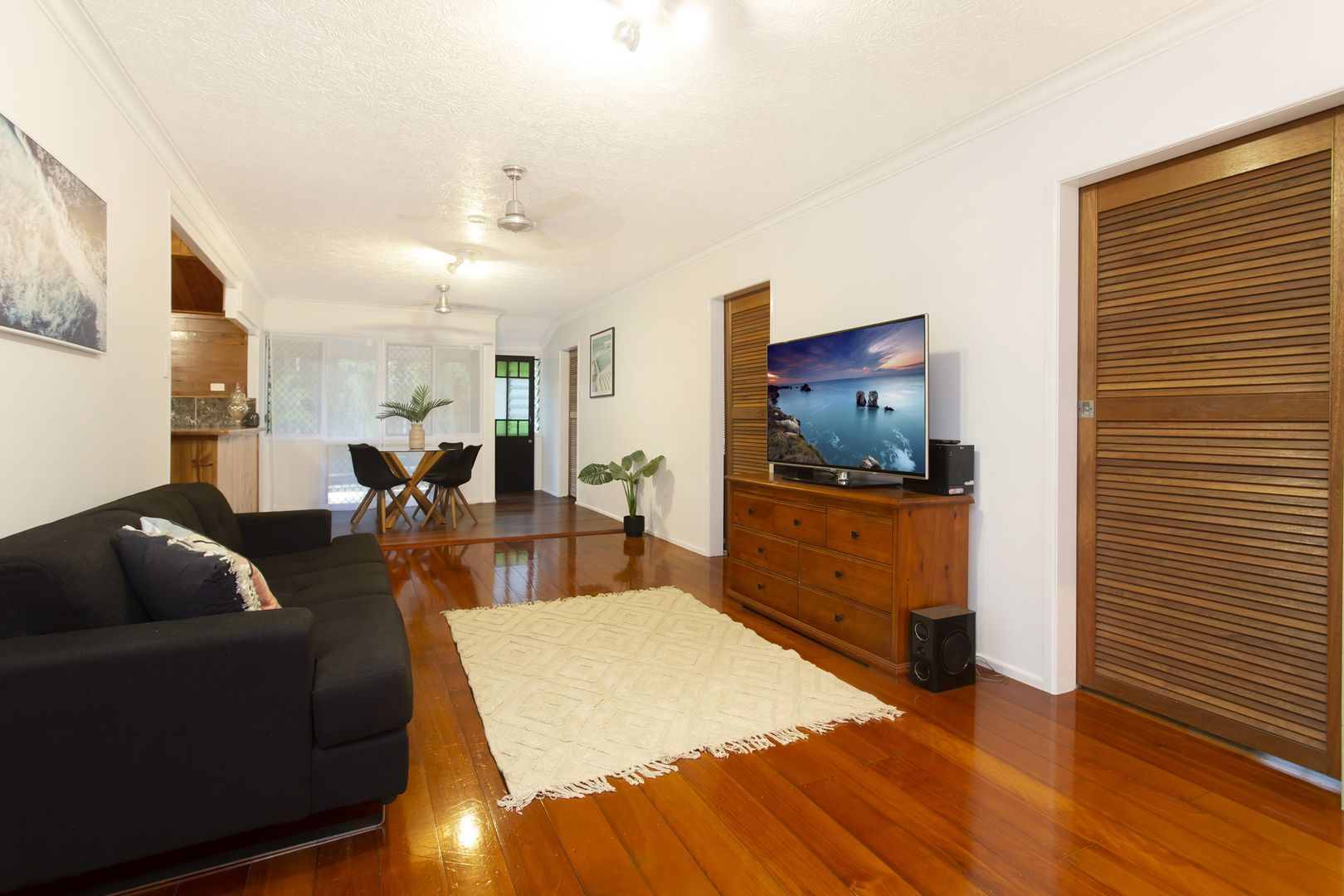 79 Railway Avenue, Railway Estate QLD 4810, Image 2