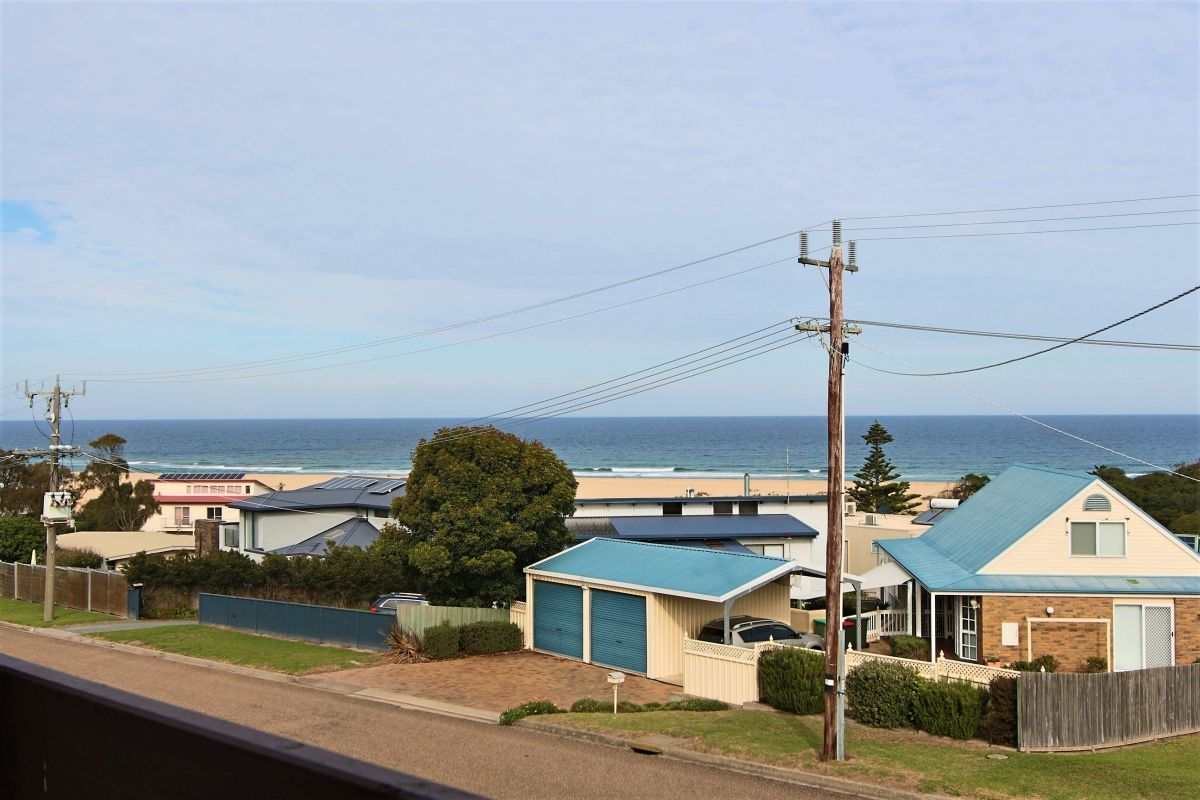 11 Skidale Close, Lake Tyers Beach VIC 3909, Image 2