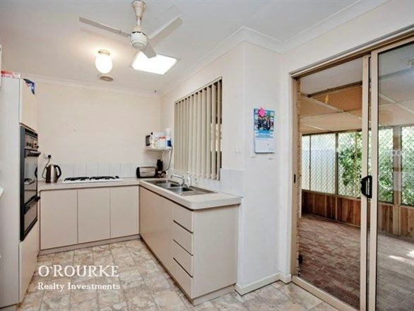 4/21 Stanley Street, Scarborough WA 6019, Image 2