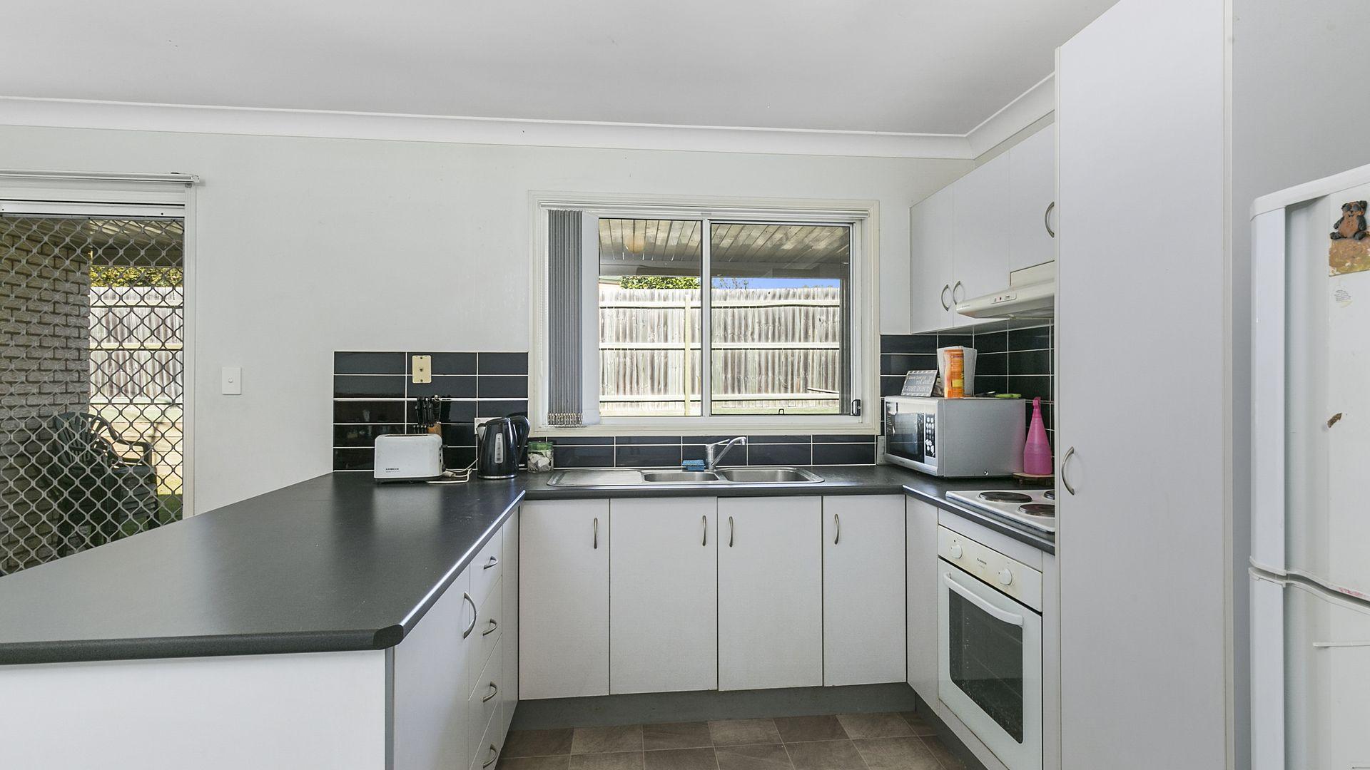 13 Mair Drive, Redbank QLD 4301, Image 2