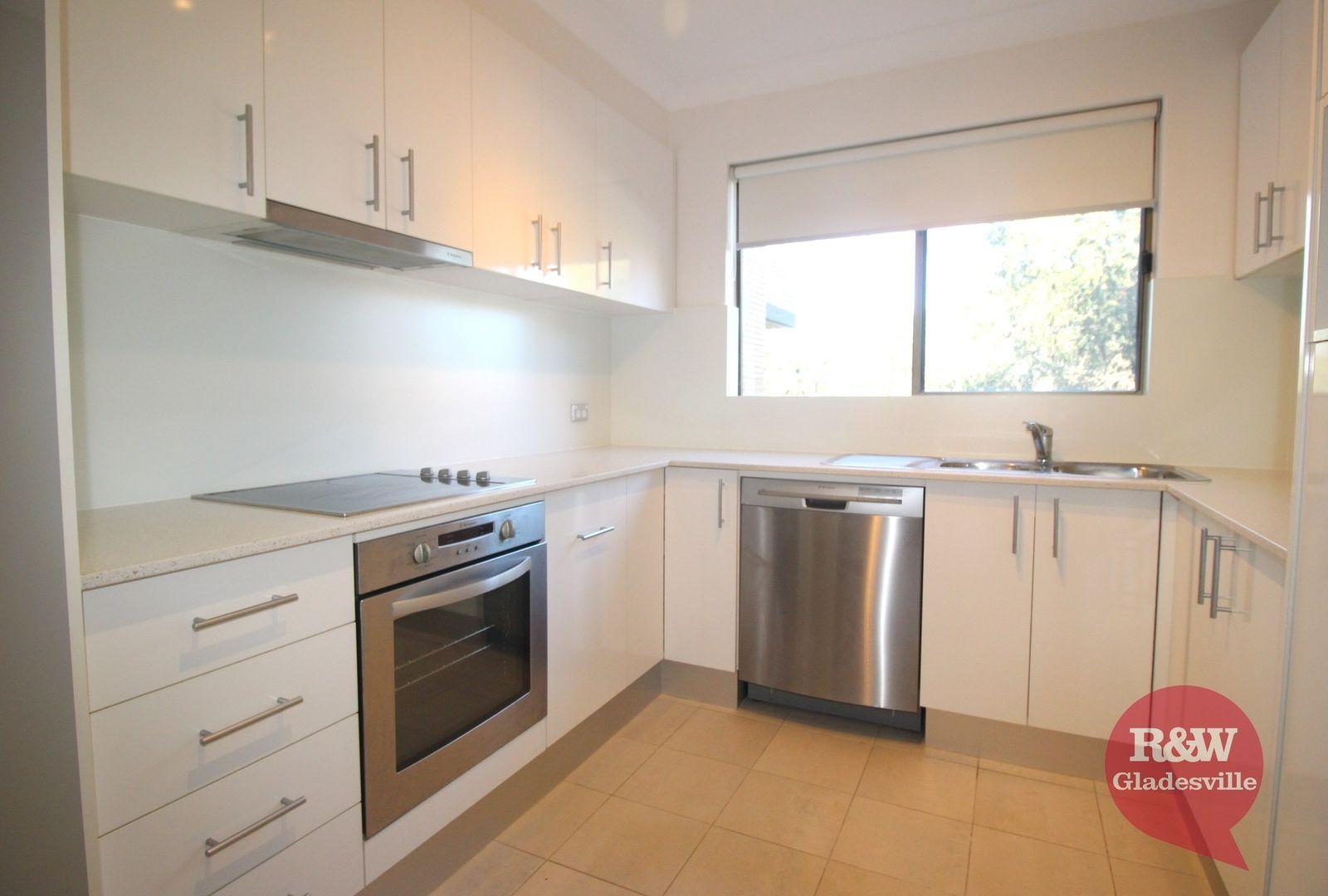 2/2 Pearson Street, Gladesville NSW 2111, Image 1