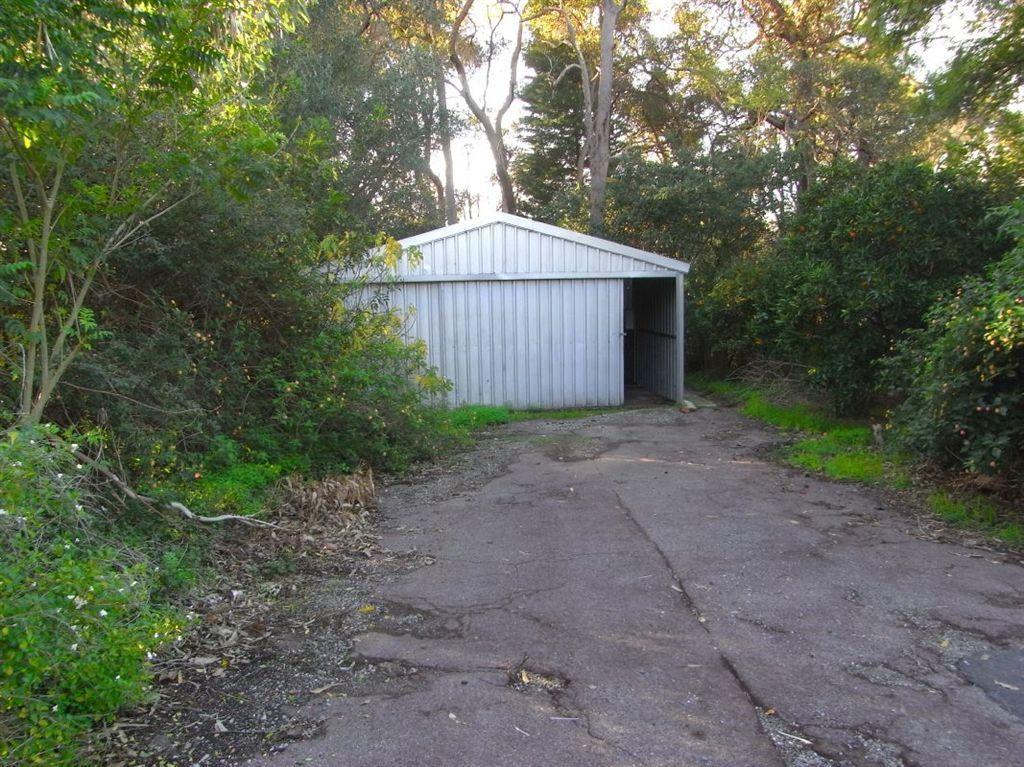 31 Mundaring Weir Road, Kalamunda WA 6076, Image 9