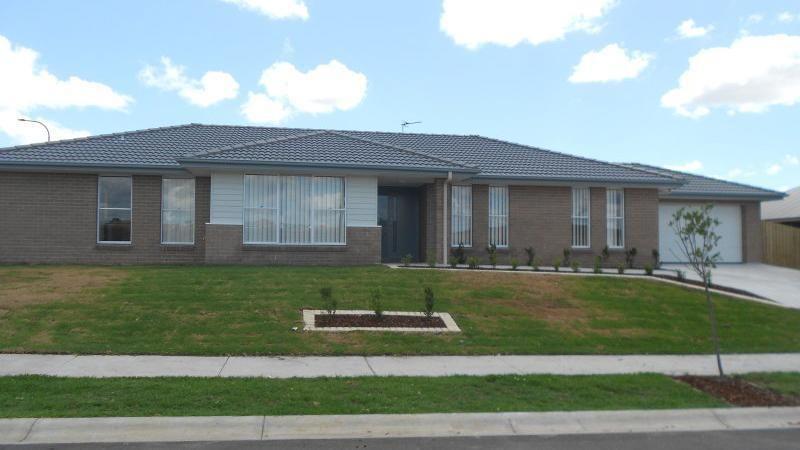 62 Darcys Circuit, Gillieston Heights NSW 2321, Image 0