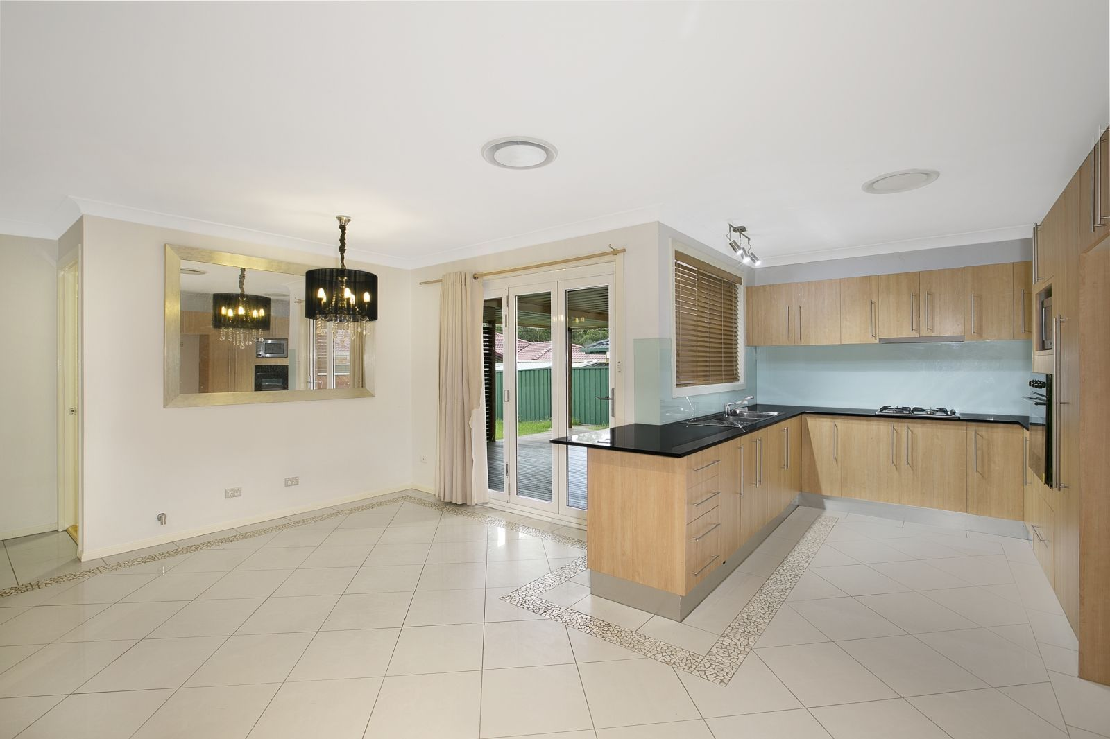 7 Meredith Crescent, St Helens Park NSW 2560, Image 1