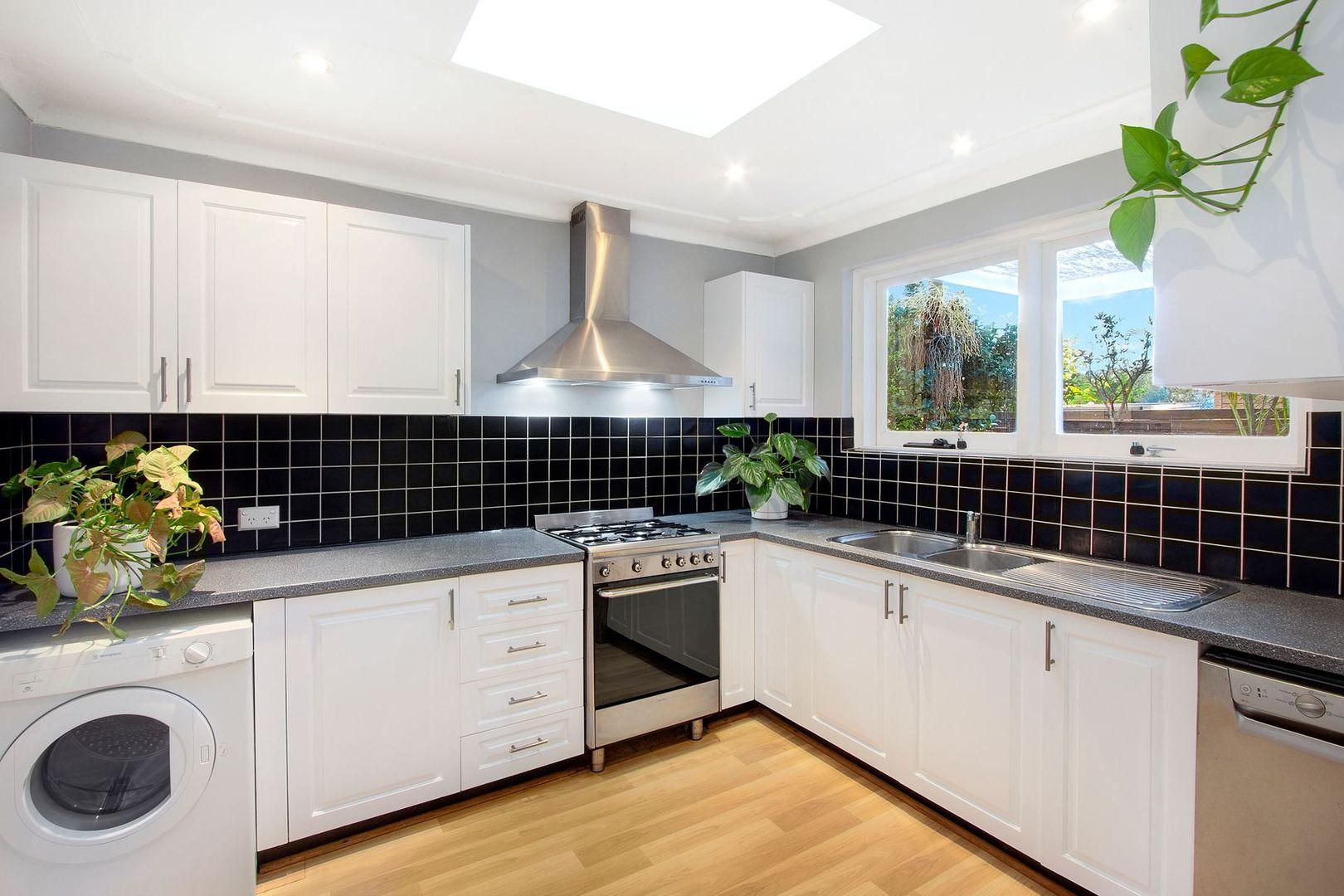 71 McIntosh Road, Narraweena NSW 2099, Image 1