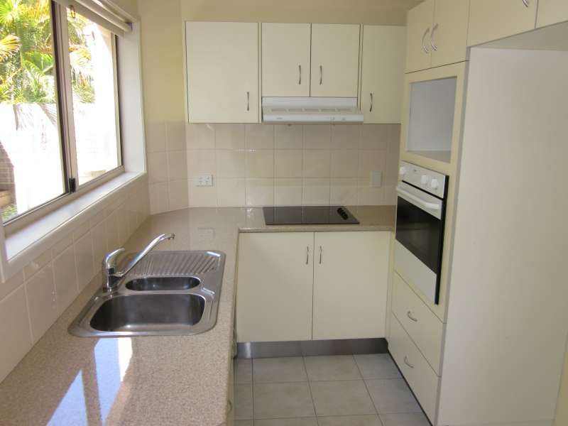 1/40 Warren Street, St Lucia QLD 4067, Image 2