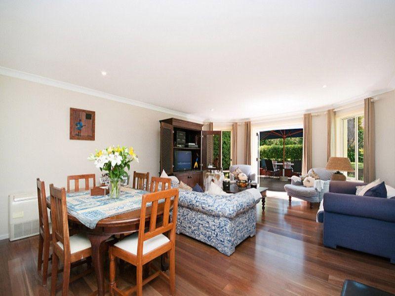 42 Hunter Avenue, St Ives NSW 2075, Image 1