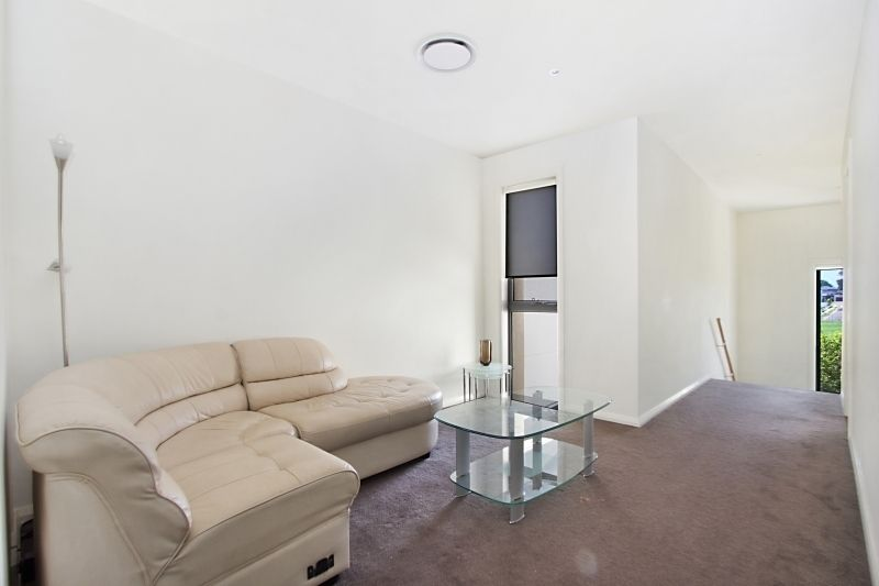 2 Rutherford Avenue, Kellyville NSW 2155, Image 2