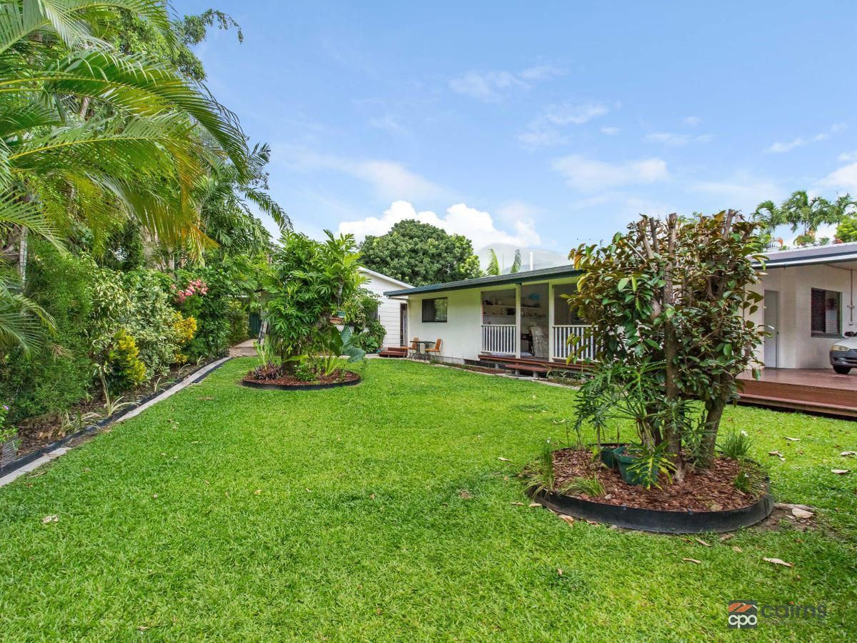7 Quamby Close, White Rock QLD 4868, Image 2