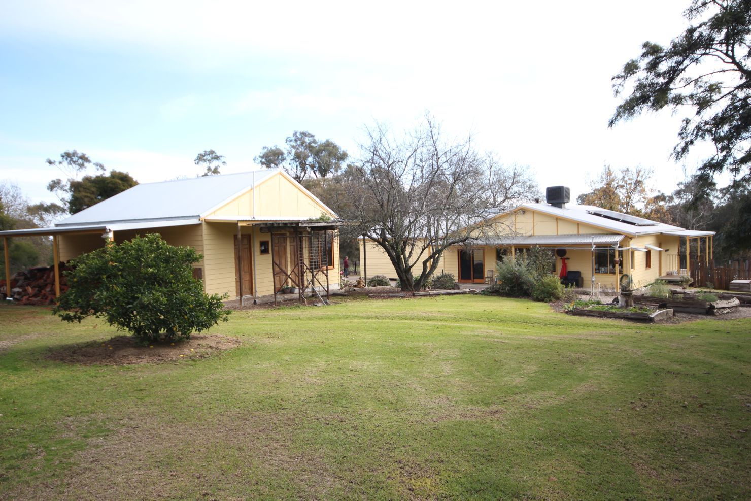 303 Kelly's Gap  Road, Greta West VIC 3675, Image 1